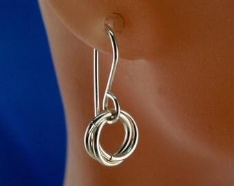 SILVER INFINITY earrings. Sterling silver love knot dangle earrings. celtic. eternity. friendship earrings. nickel free argentium No.00E203