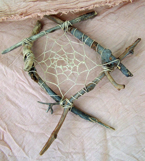 Bonfire Found-Nature Diamond Frame Dreamcatcher