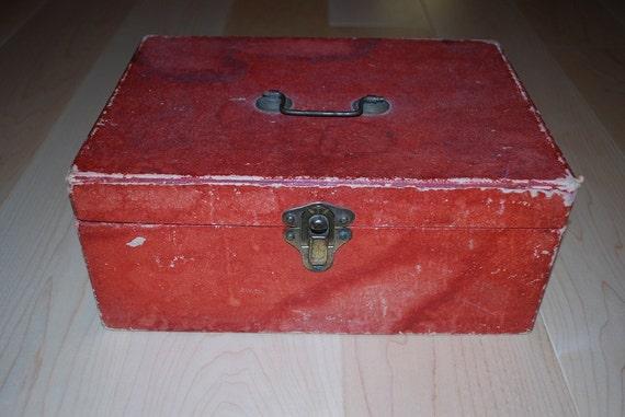 Antique 1920's Dean's Bon Voyage Chocolate Bon Bon Box