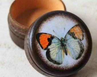 Tiny Butterfly Pill Box - Stocking Stuffers