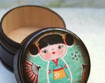Geisha Powder Box / Asian /  Kawaii / Wooden Box / Storage Box / Office / Children / Tooth fairy / Money Box / Coin Box / Small Box