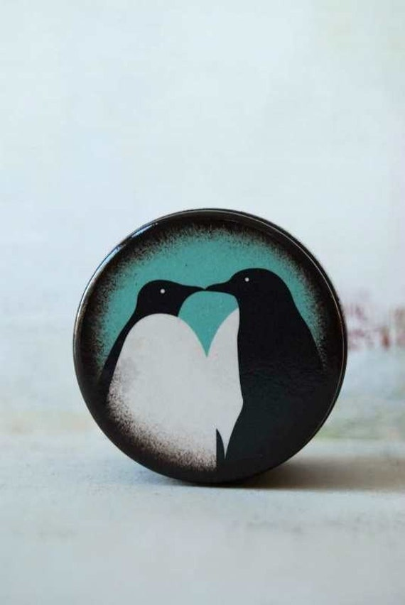 A Kiss To Last Forever - Penguin Love Powder Box