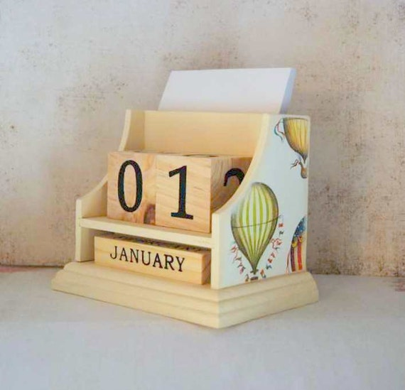 Float Away With Me Desk Calender