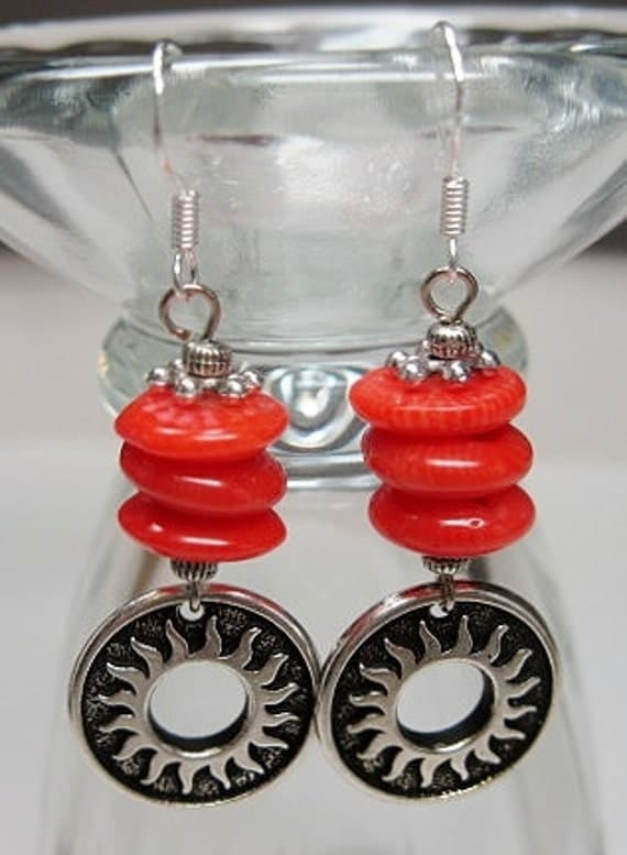 COWGIRL CORAL WESTERN Style Earrings - CoRaL SuNBuRSTs -