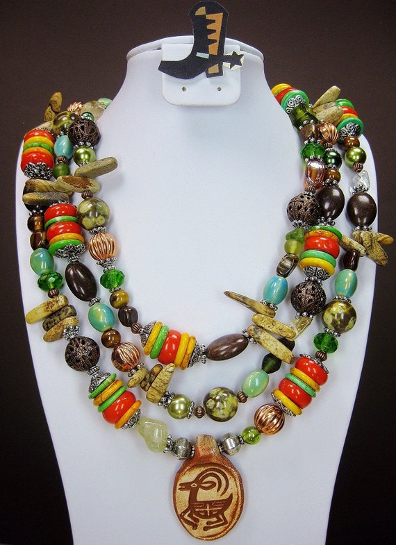 COWGIRL WESTERN NECKLACE Multicolor Triple Strand Primitive Art Pendant - PRiMiTiVe MiX -