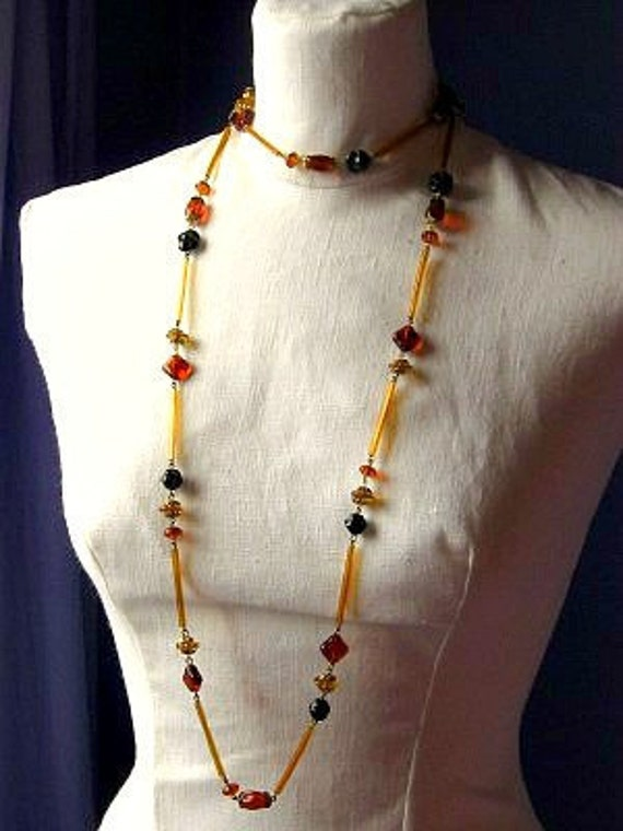 Vintage Beaded Glass Flapper Necklace
