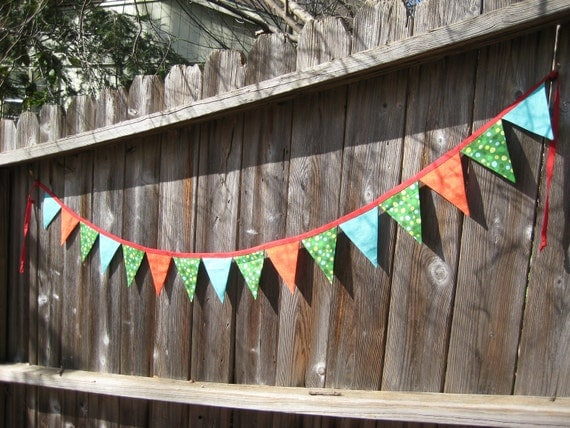 Banner / Garland / Spring Summer Colors / 16 Fabric Flags