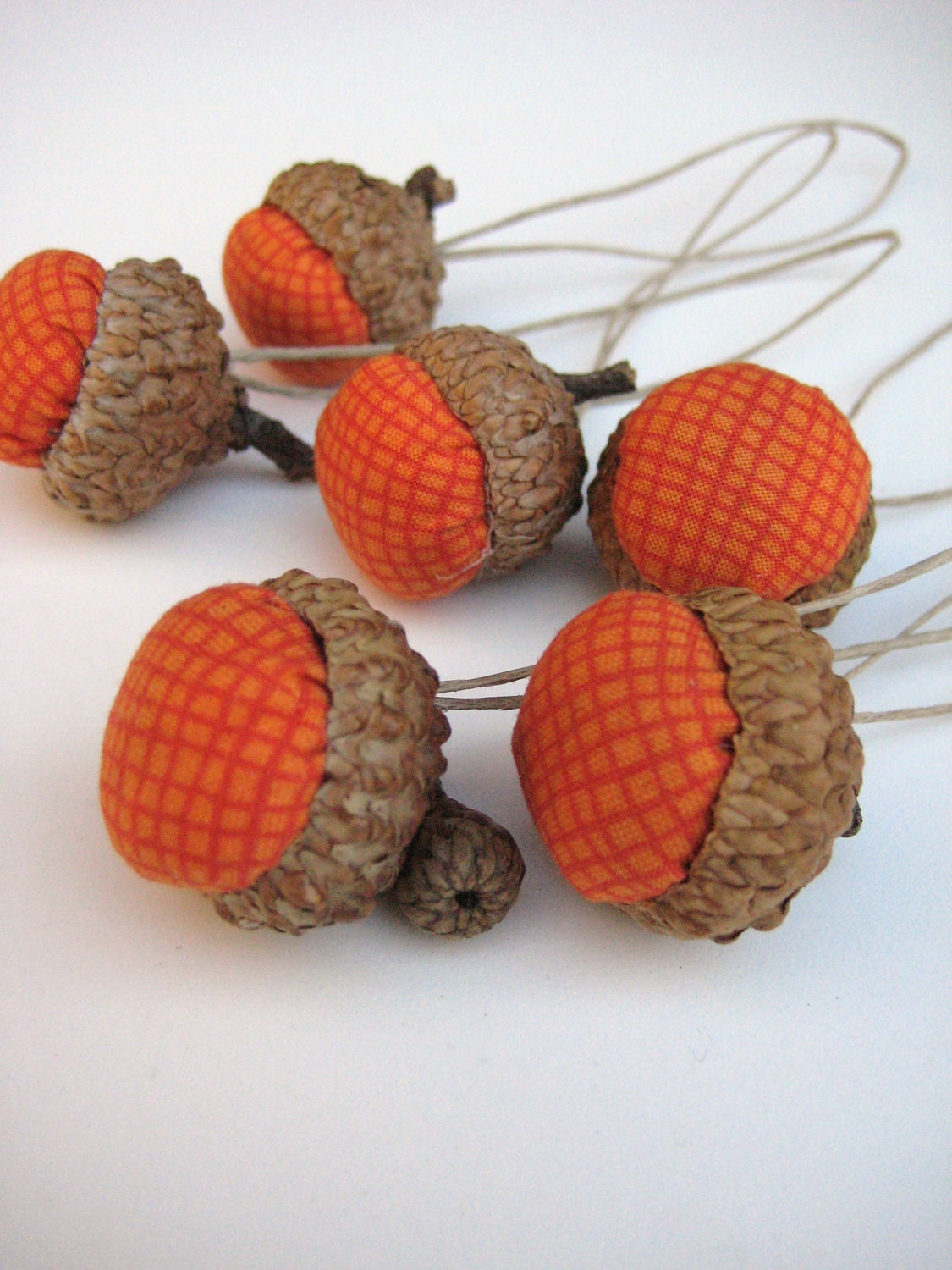 Acorn decoration handmade pumkin orange in set of 6 for Acorn decoration