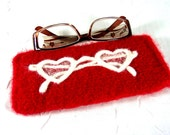 """Glasses Case  """"Through Heart-Shaped Glasses"""" in Red and White"""