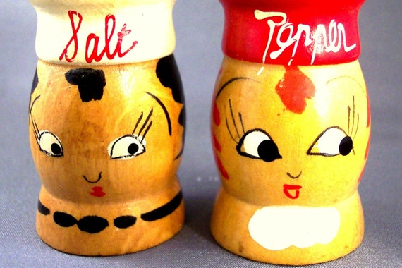 Vintage Salt and Pepper Shakers Cute Mr. and  Mrs. Chef