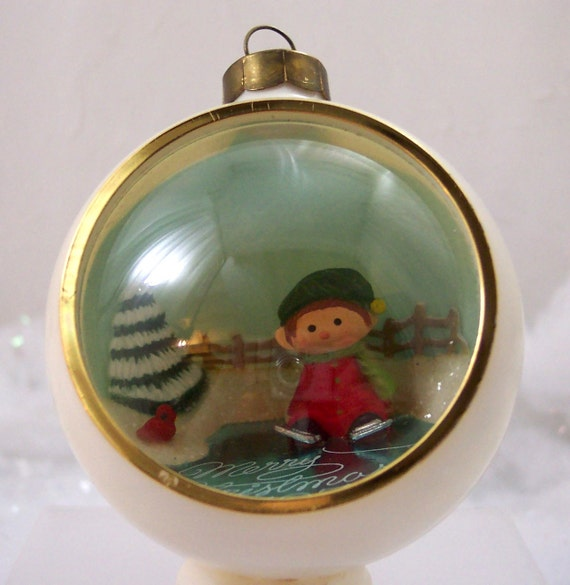 Christmas ornament vintage 1978 hallmark panorama ball for Collecting vintage christmas ornaments