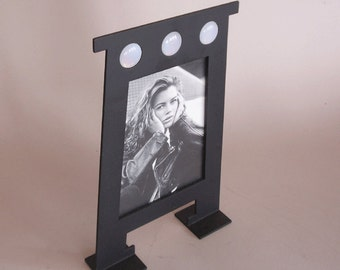 picture frame - laser cut steel - black finish - jewels insert