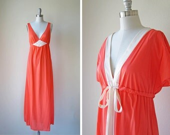 1960s robe set | vintage lingerie | 60s sleep nightdress set | s | m