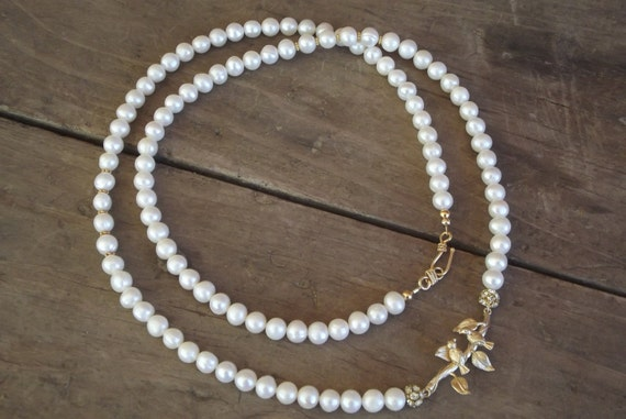 """Lovey Dovey  Lovebirds - a Freshwater Pearl Rope Necklace (30"""")"""