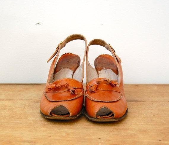 HALF OFF SALE - Vintage 1940s Shoes - 40s Peep Toe Heels - The Etta - 7