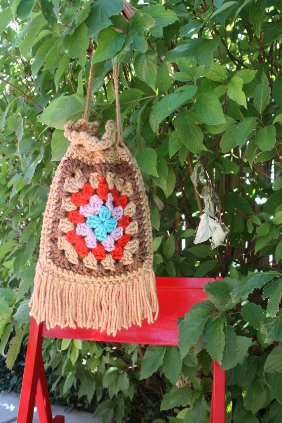 Granny Square Purse Bag Crochet Vintage Retro 1970s Beige with Red, Blue Brown Hippie Boho Gypsy FREE  Shipping to USA