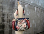 Vintage 80s / Floral and Striped / Bird / Purse