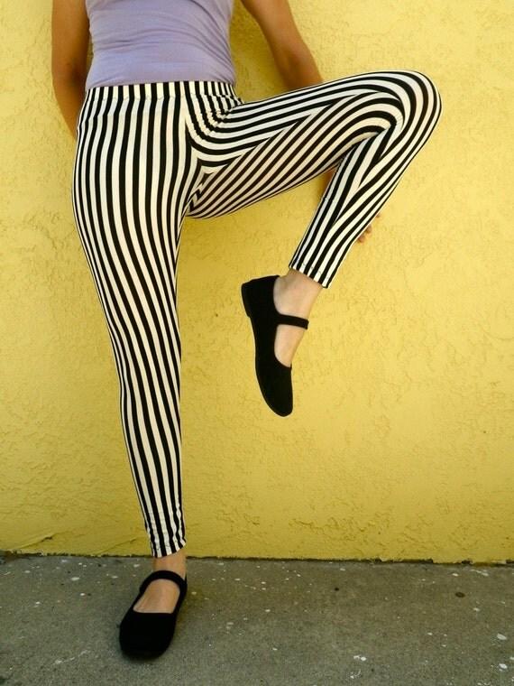 SALE Cirque leggings with black and white stripes (medium)