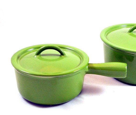 SALE: Green Descoware Enamel Cast Iron Sauce Pan