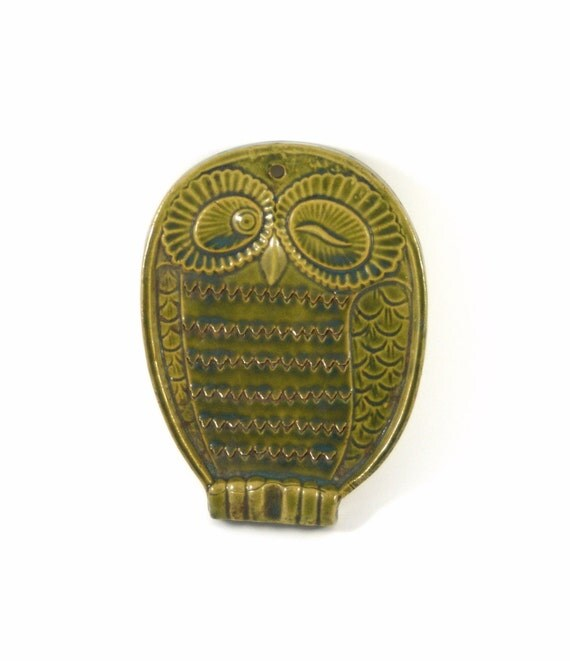 Figural Ceramic Winking Owl Cheese Ginger Grater or Zester in Green