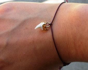 Wish bracelet - Tiny gold dipped mako shark tooth