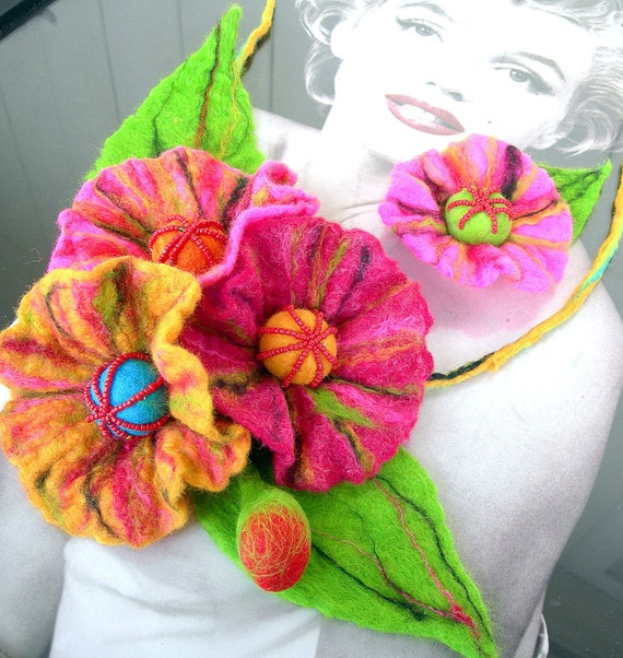 Felted Flower, Hand Felted, Wool Jewelry felted NECKLACE and  brooch - JUNGLE -