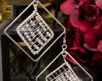 Silver Earrings,Wirework mesh Fashion Earrings The Urban moda Square Silver Beaded dangle earrings