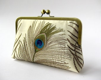Free Chain Silk Embroidered Peacock Clutch Bag in Ivory Bag Noir, Bridesmaid clutch, Weddings bride formal clutch purse