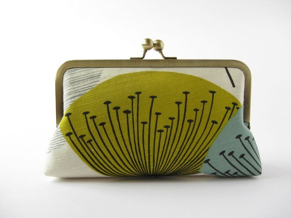 Chartreuse Dandelion clocks clutch in silk lining Bag Noir