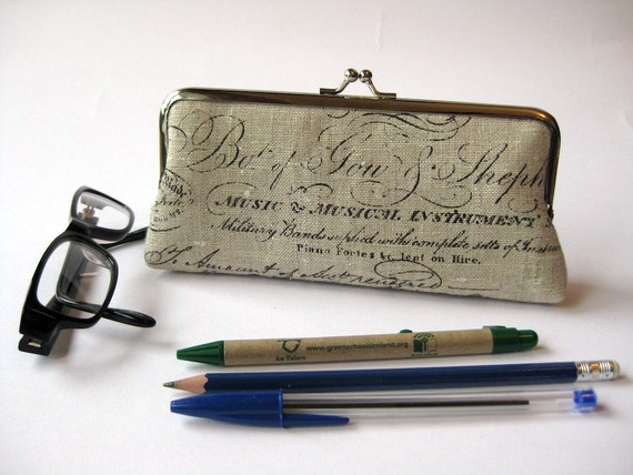 Eyeglass pencil case makeup bag in Vintage script Bag Noir