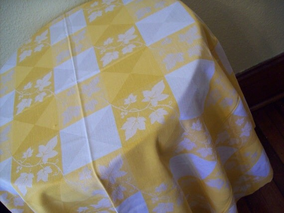 Vintage Yellow Ivy Design Tablecloth
