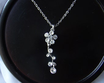 Floral Necklace, Silver Plate flower Rhinestones Necklace, Party Necklace (31H59)