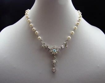 Bridal Necklace Swaorvski Crystal Pearl Floral Rhinestones Pendant (31H37)