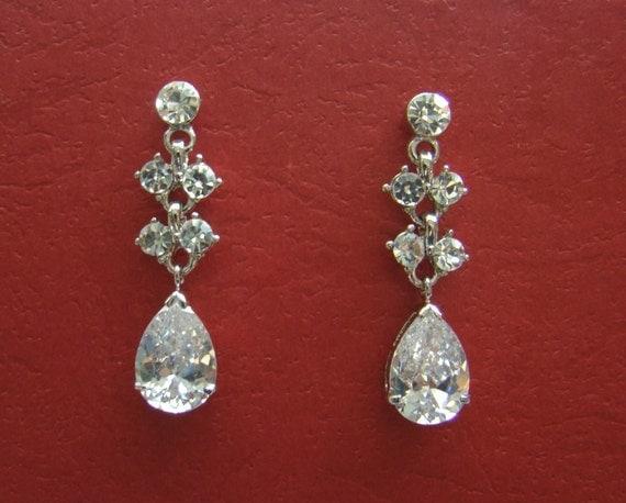 Bridal Dangle Earring Cubic Zirconia and Rhinestones (E3117)