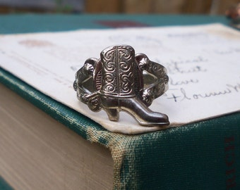 cowboy ring / cowboy boot ring / vintage ring / SILVER BOOT RING