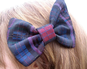 Wrong Side Gweny Hair Bow