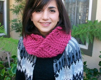 Bright Pink Super Thick Knitted Dropstitch Cowl