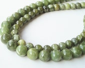 Green Garnet Smooth Round Stone Beads 10mm  6 Inch Strand  /This Is Not A Necklace