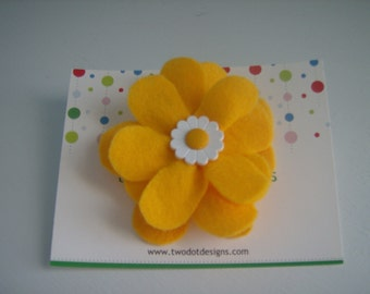 Golden yellow large flower hair alligator clip with white daisy button