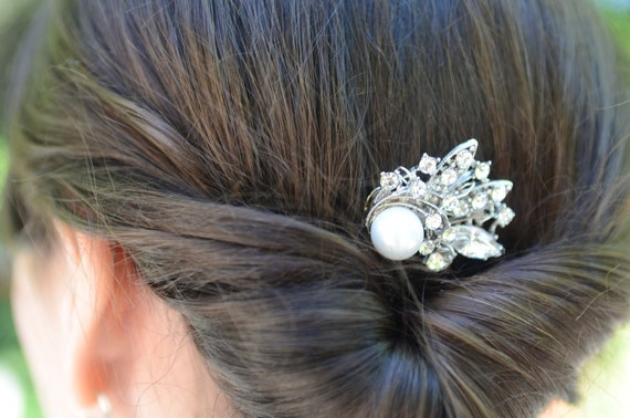 Simple Wedding Comb, Tiny Rhinestone Pearl Bridal Comb by Jill's Boutique on Etsy