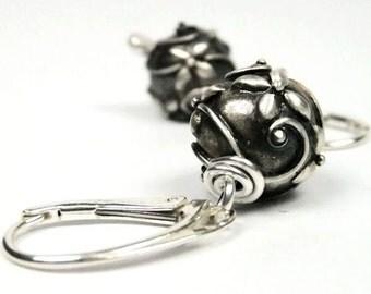 Gwyneth Leverback Earrings in Sterling Silver - Round