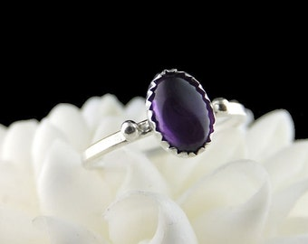 Oval Amethyst Ring in sterling silver