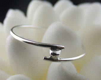 Bypass Ring in Sterling Silver No. 1