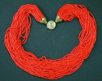 VINTAGE 32-strand cherry-red glass microbeads choker