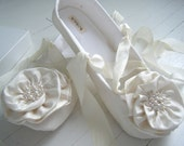 Wedding Bridal Flats, Bridal Shoes, Ballet Shoes, Ivory Silk, ELAINA , Bobka Shoes by BobkaBaby