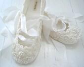 Ivory Ballet Flats, Wedding Shoes, Bridal Ballet Flats, Custom Made, Bridal Shoes, Lace, Bobka Shoes by BobkaBaby