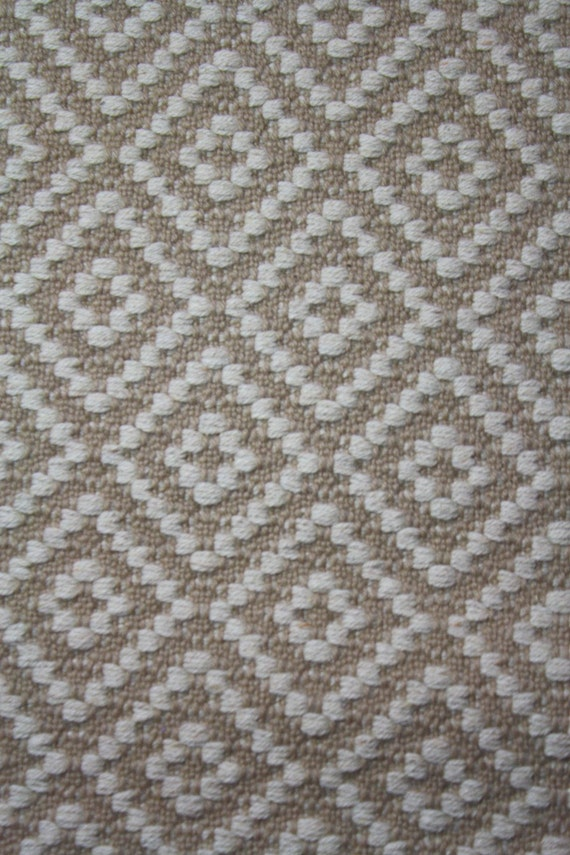 Long Handwoven Rug Wool Diamond Pattern 2 4 X