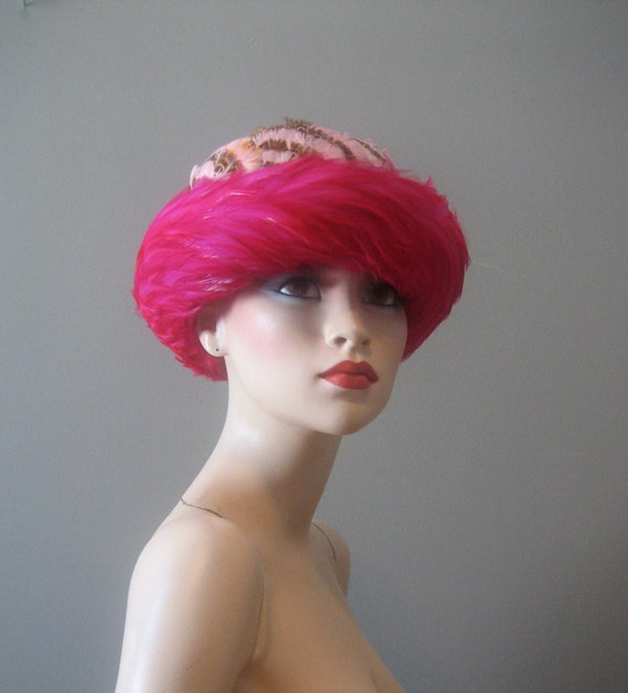 gorgeous 1960's PINK FEATHER HAT