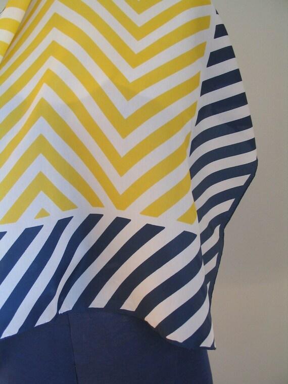 bold vintage 70's geometric print scarf