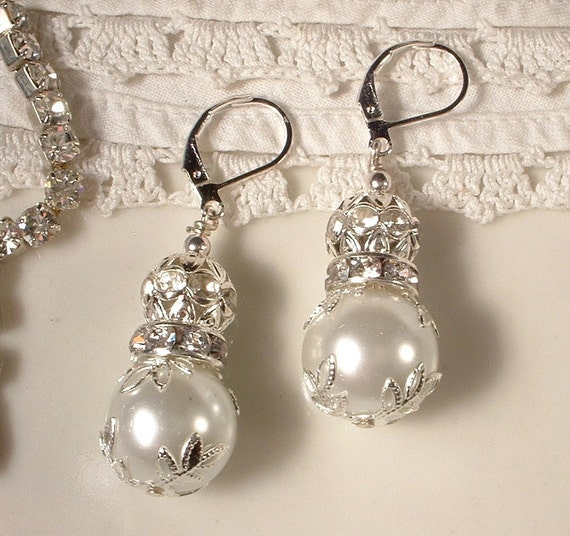 Vintage Wedding White Ivory Pearl & Clear Rhinestone Ball Bridal Drop Earrings, Silver Leaf Dangle Earrings, Bridesmaids Jewelry Gift
